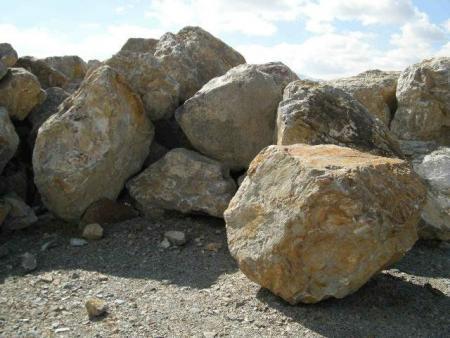 Blue Sais Boulders